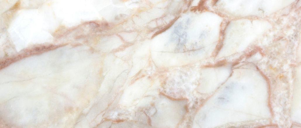 marbre dans votre décoration marbre clair un peu rosé et blanc