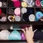 tiroirs optimisés et rangés au mieux vêtements roulés